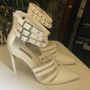 BCBG generation white shoes size 8.5